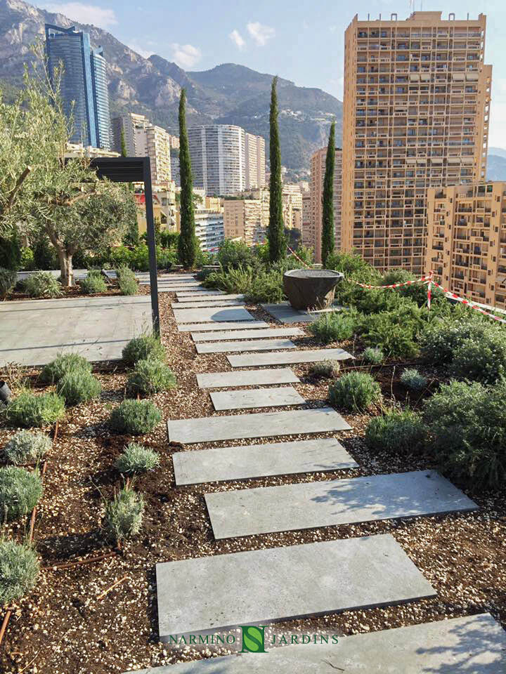 Réalisation et entretien d'un toit terrasse à Monaco