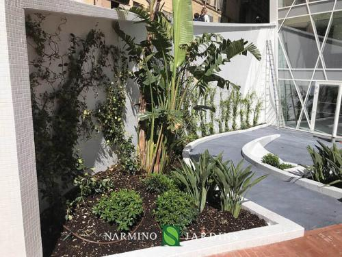 The Stella planters maintained by Narmino Jardins